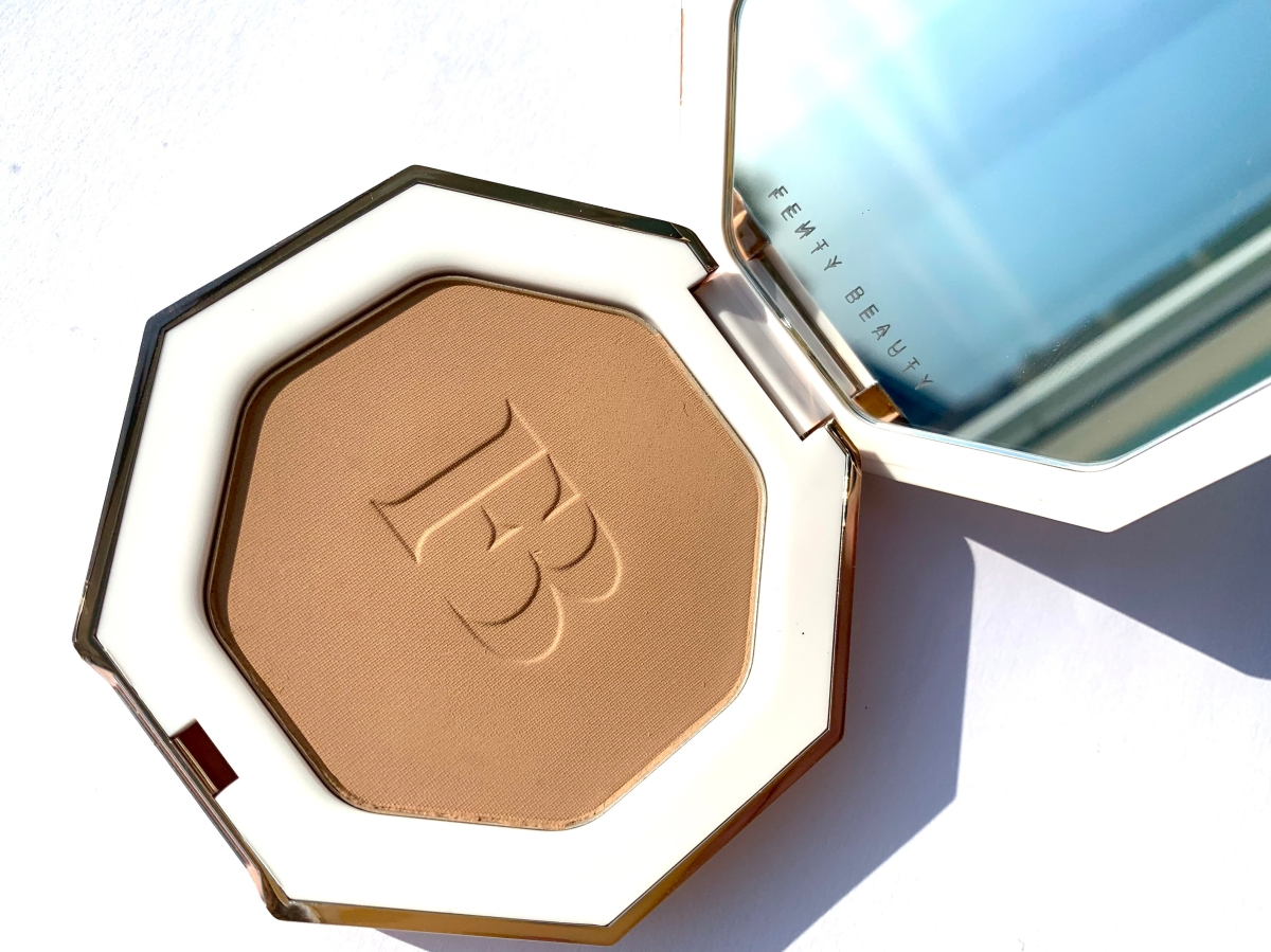 Fenty Beauty Sun Stalk'r Bronzer Review